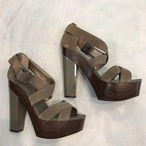 Women's Size 8 BCBG Platform Sandal